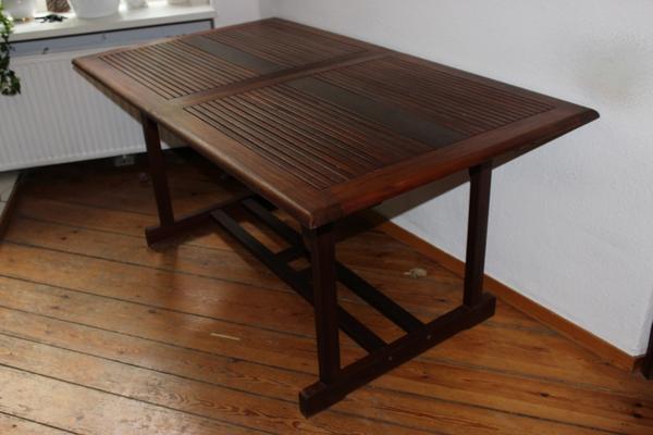 Frisch Vollholz Tisch Gartentisch aus Bangkirai ausziehbar in Berlin  WT09