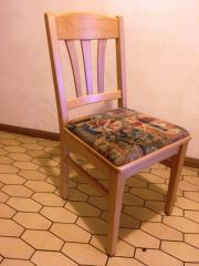 Vollmassive Stühle aus