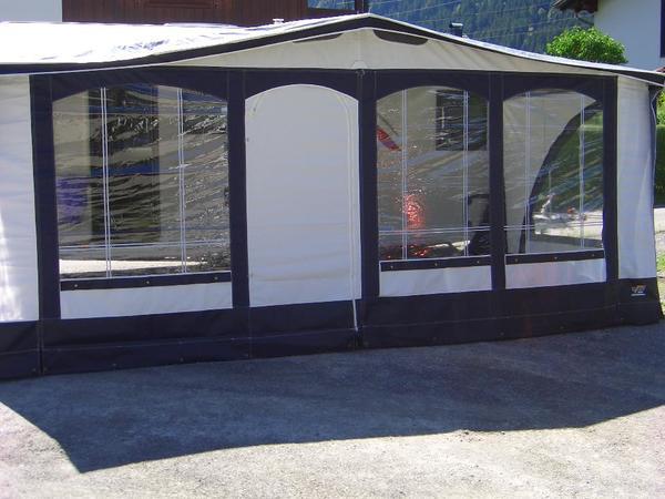vorzelt wigo 39 traveller 39 f r wohnwagen umlaufma 950 975cm. Black Bedroom Furniture Sets. Home Design Ideas