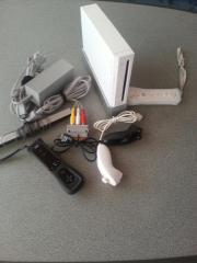 Wii Konsole + 8